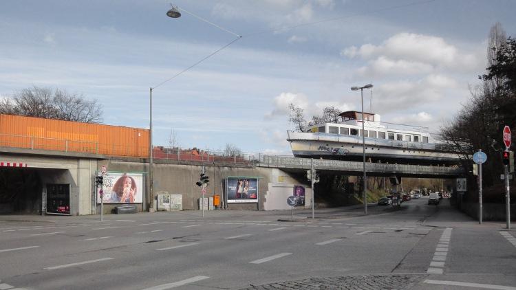 170508 Lightboat.jpg